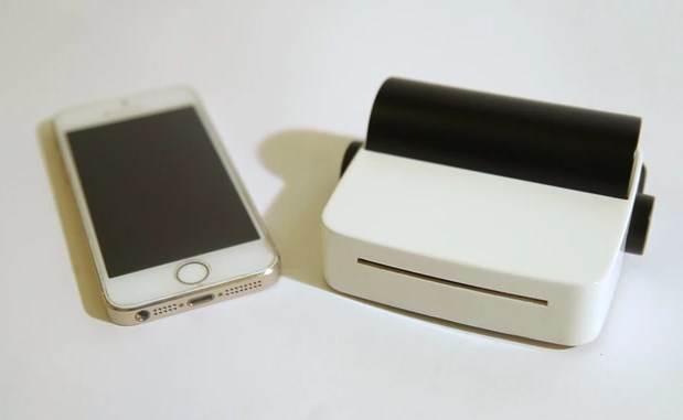 palm-sized photo printer